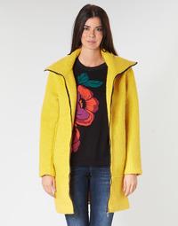 Odjeća Žene  Kaputi Desigual LAND Žuta