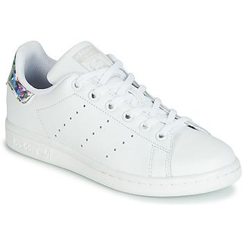 Obuća Djevojčica Niske tenisice adidas Originals STAN SMITH J Bijela / Srebrna