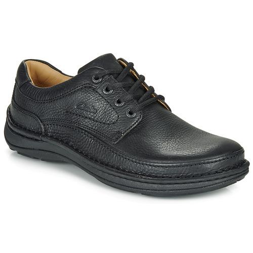 Obuća Muškarci  Derby cipele Clarks NATURE THREE Crna