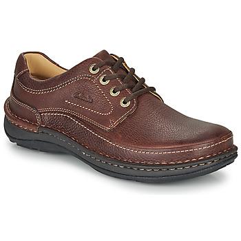 Obuća Muškarci  Derby cipele Clarks NATURE THREE Smeđa