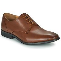 Obuća Muškarci  Derby cipele Clarks GILMAN PLAIN Smeđa