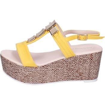 Obuća Žene  Sandale i polusandale Solo Soprani sandali pelle sintetica Giallo