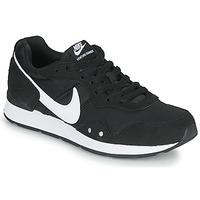 Obuća Žene  Niske tenisice Nike VENTURE RUNNER Crna / Bijela