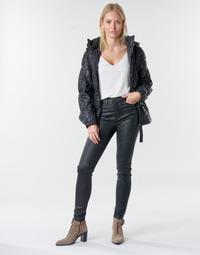 Odjeća Žene  Hlače s pet džepova Emporio Armani 6H2J20 Crna