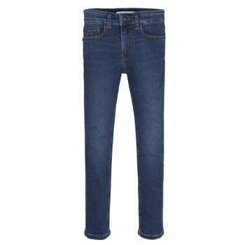 Odjeća Dječak  Skinny traperice Calvin Klein Jeans ESSENTIAL ROYAL BLUE STRETCH Blue