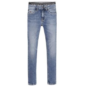 Odjeća Dječak  Skinny traperice Calvin Klein Jeans SKINNY VINTAGE LIGHT BLUE Blue