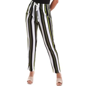 Odjeća Žene  Chino hlačei hlače mrkva kroja Liu Jo TA0189 T4012 Zelena