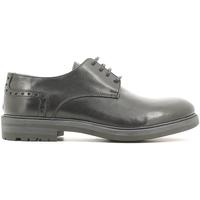 Obuća Muškarci  Derby cipele Café Noir XC111 Crno