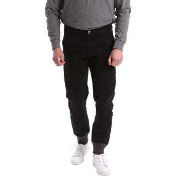 Odjeća Muškarci  Chino hlačei hlače mrkva kroja Gaudi 62BU20001 Crno