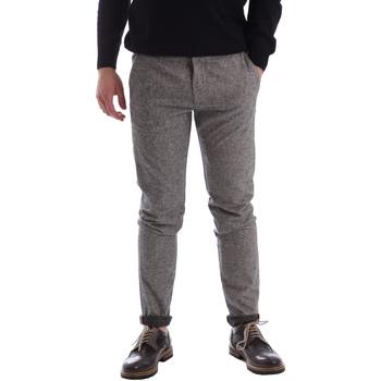 Odjeća Muškarci  Chino hlačei hlače mrkva kroja Gaudi 62FU20005 Siva