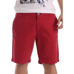 Odjeća Muškarci  Bermude i kratke hlače Gaudi 71BU25028 Crvena