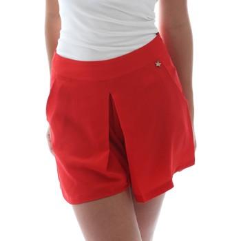 Odjeća Žene  Bermude i kratke hlače Fornarina BER1L17C98176 Crvena