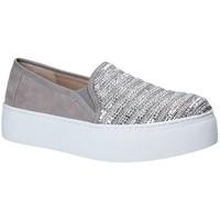Obuća Žene  Slip-on cipele Fornarina PE17RY1111S006 Siva