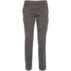 Odjeća Žene  Chino hlačei hlače mrkva kroja NeroGiardini A760010D Crno
