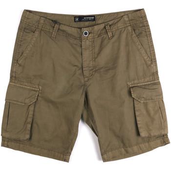 Odjeća Muškarci  Bermude i kratke hlače Key Up 2P16A 0001 Zelena