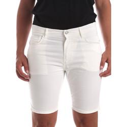 Odjeća Muškarci  Bermude i kratke hlače Antony Morato MMSH00140 FA800109 Bijela