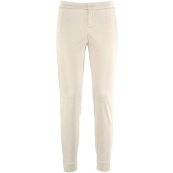 Odjeća Žene  Chino hlačei hlače mrkva kroja NeroGiardini P960510D Bež