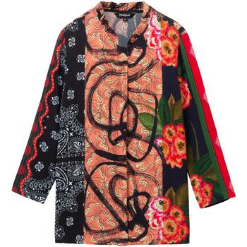 Odjeća Žene  Košulje i bluze Desigual 19WWCW11 Crno