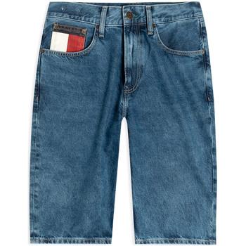 Odjeća Muškarci  Bermude i kratke hlače Tommy Jeans DM0DM08049 Plava