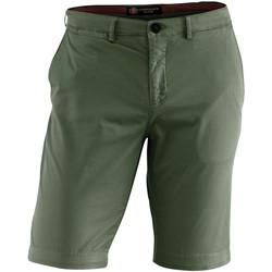 Odjeća Muškarci  Bermude i kratke hlače Lumberjack CM80647 002 602 Zelena