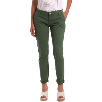 Odjeća Žene  Chino hlačei hlače mrkva kroja Gaudi 811BD25009 Zelena