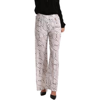Odjeća Žene  Lagane hlače / Šalvare Gaudi 73BD25224 Bijela