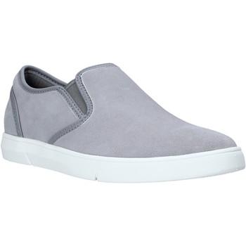 Obuća Muškarci  Slip-on cipele Clarks 26141135 Siva