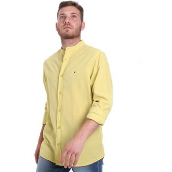 Odjeća Muškarci  Košulje dugih rukava Les Copains 9U2722 Zelena