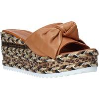 Obuća Žene  Natikače Bueno Shoes N3604 Smeđa