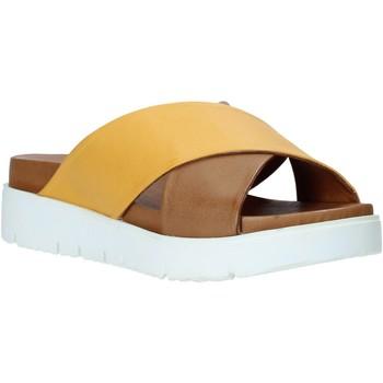 Obuća Žene  Natikače Bueno Shoes 9N3408 Žuta boja