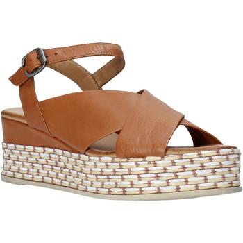 Obuća Žene  Sandale i polusandale Bueno Shoes Q5901 Smeđa