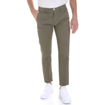 Odjeća Muškarci  Chino hlačei hlače mrkva kroja Sseinse PSE558SS Zelena