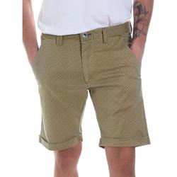 Odjeća Muškarci  Bermude i kratke hlače Gaudi 811FU25018 Zelena