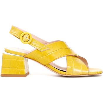 Obuća Žene  Sandale i polusandale Café Noir LF124 Žuta boja