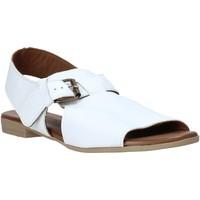 Obuća Žene  Sandale i polusandale Bueno Shoes 9L2700 Bijela