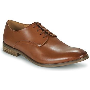 Obuća Muškarci  Derby cipele Clarks STANFORD WALK Smeđa