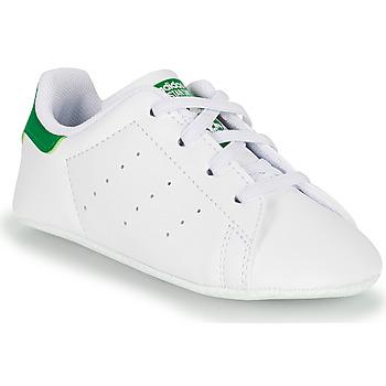 Obuća Djeca Niske tenisice adidas Originals STAN SMITH CRIB SUSTAINABLE Bijela / Zelena