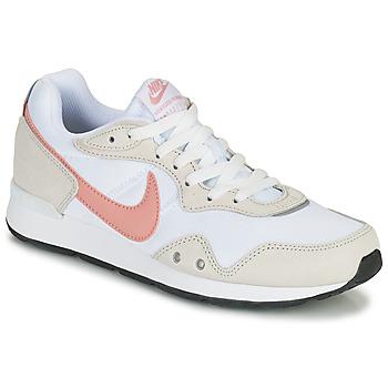 Obuća Žene  Niske tenisice Nike NIKE VENTURE RUNNER Bijela / Ružičasta