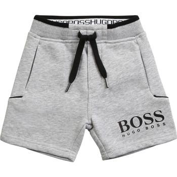 Odjeća Dječak  Bermude i kratke hlače BOSS J04M57-A32-B Siva