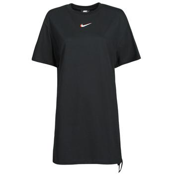 Odjeća Žene  Majice kratkih rukava Nike NSESSNTL DRESS PRNT Crna