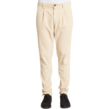 Odjeća Muškarci  Chino hlačei hlače mrkva kroja Gaudi 021GU25017 Bijela