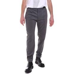 Odjeća Muškarci  Hlače Calvin Klein Jeans K10K105705 Siva