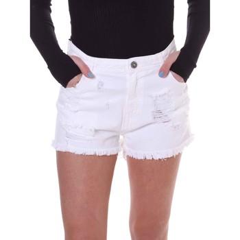 Odjeća Žene  Bermude i kratke hlače Fornarina BE172B92D877KM Bijela