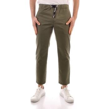 Odjeća Muškarci  Chino hlačei hlače mrkva kroja Refrigiwear GA9103-P24800 GREEN