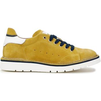 Obuća Muškarci  Modne tenisice Café Noir TS6010 Žuta boja