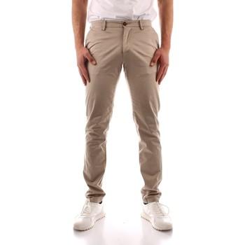 Odjeća Muškarci  Chino hlačei hlače mrkva kroja Trussardi 52P00000 1Y000168 GREEN
