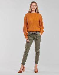 Odjeća Žene  Chino hlačei hlače mrkva kroja Le Temps des Cerises LIDY900 Kaki