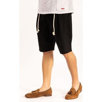 Odjeća Muškarci  Bermude i kratke hlače Takeshy Kurosawa  Crna