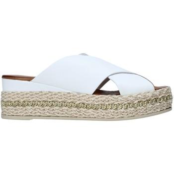 Obuća Žene  Natikače Bueno Shoes 21WQ5907 Bijela