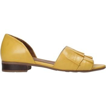 Obuća Žene  Sandale i polusandale Bueno Shoes 21WN5100 Žuta boja